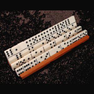 domino-holder-full_angle