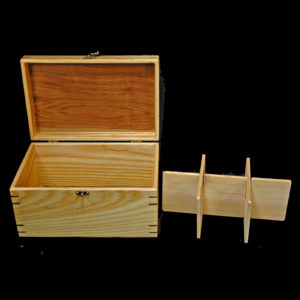 seedpacket box with dividers out